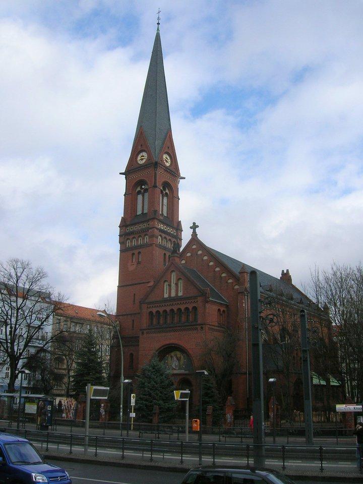 Berlin_Immanuelkirche.JPG